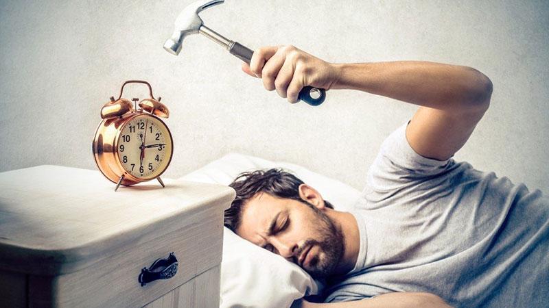 اگر صبح ها افسرده و کسل از خواب بیدار می شوید؛ بخوانید