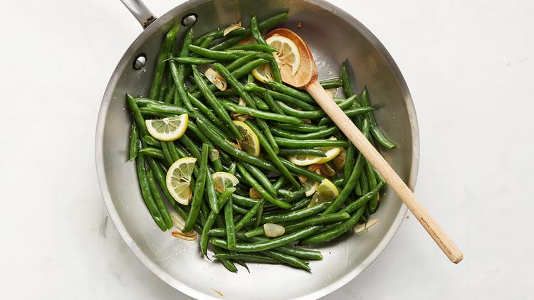 خواص شگفت انگیز و ویتامین های لوبیا سبز