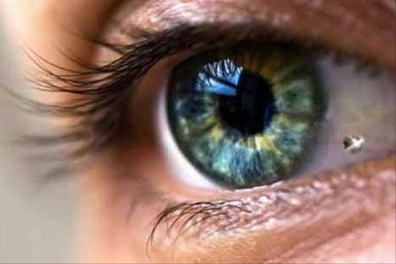 ۸ ترفند فوقالعاده برای حفظ سلامت چشمها + اینفوگرافی