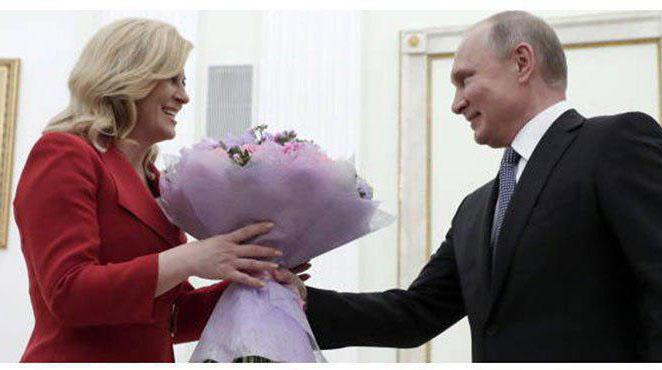 هدیه خاص رئیس جمهور کرواسی به پوتین! + عکس