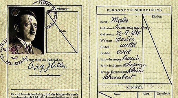 عکس کمتر دیده شده از شناسنامه آدولف هیتلر