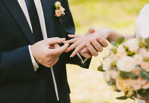 اختلاف سن در ازدواج از چه قدر به بالا بد است؟
