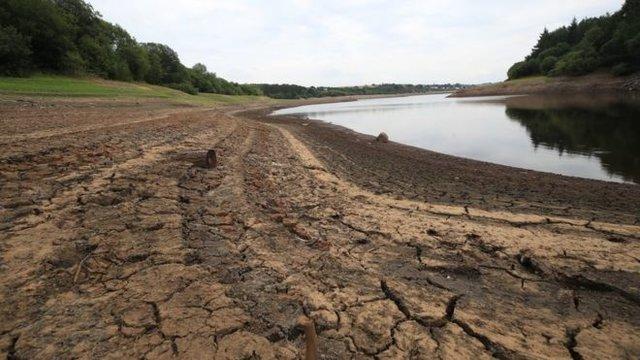استفاده از شلنگ آب در مناطقی از انگلیس ممنوع میشود