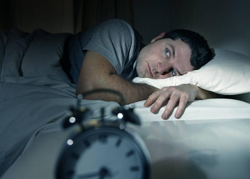 بیخوابی در هر ساعت از نیمه شب نشانه چیست؟ +درمان