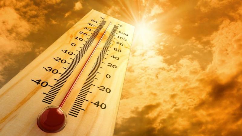 عرق سوز شدن در گرما و درمان خانگی آن