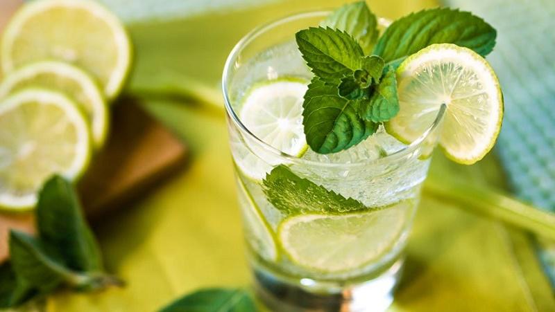 جلوگیری از بیماریهای پوستی و سنگ کیسه صفرا با شربتی تابستانی