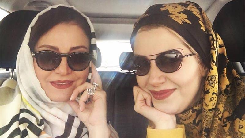 خیابانگردی مریلا و ملیکا زارعی با ماشین لوکسشان! + عکس