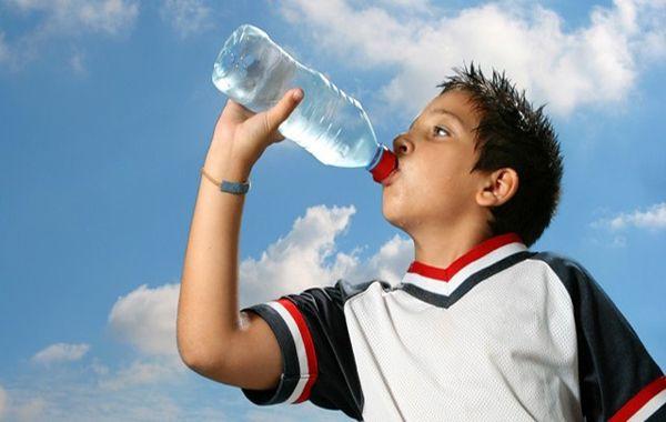 معجزه نوشیدن آب 30 روز پشت سر هم