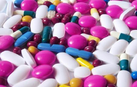 داروی چینی وارد نمی کنیم