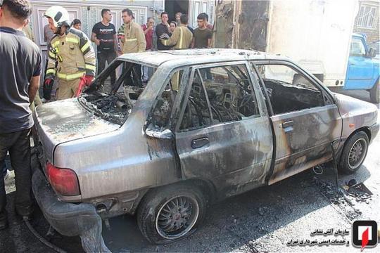 آتش سوزی عَجیب سه خودرو در شهرری + عکس
