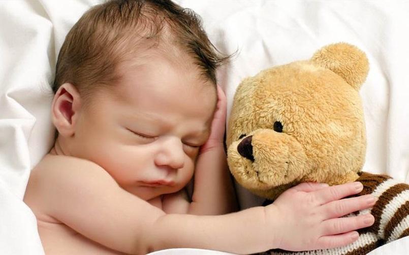 چگونه مثل یک کودک آرام بخوابیم؟
