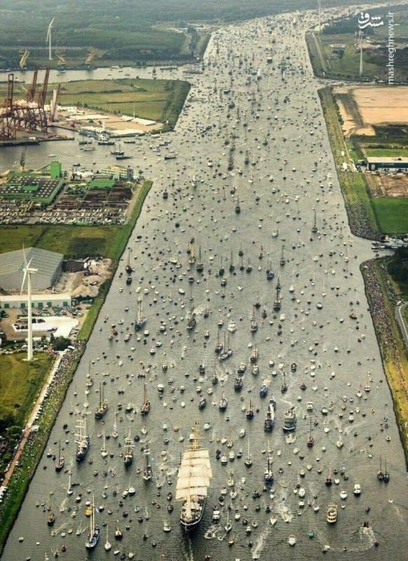 ترافیکی عَجیبتر از ترافیک خیابانی! + عکس