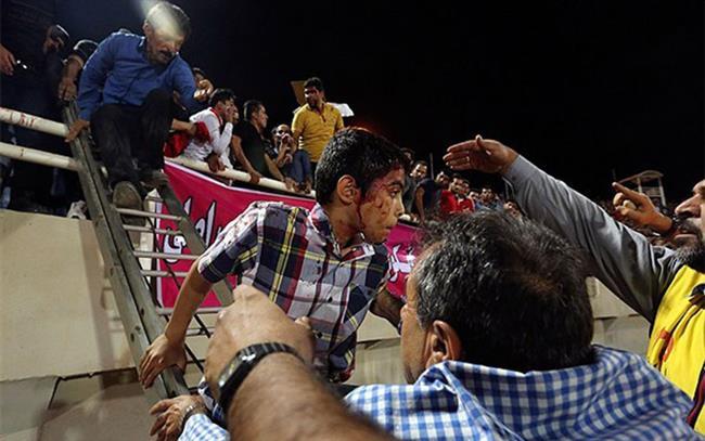 درگیریهای خونین در بازی استقلال خوزستان و پرسپولیس + عکس