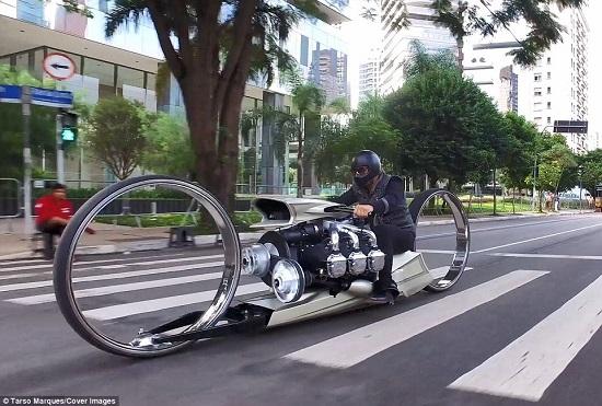 موتورسیکلتی مجهز به موتورهواپیما + عکس