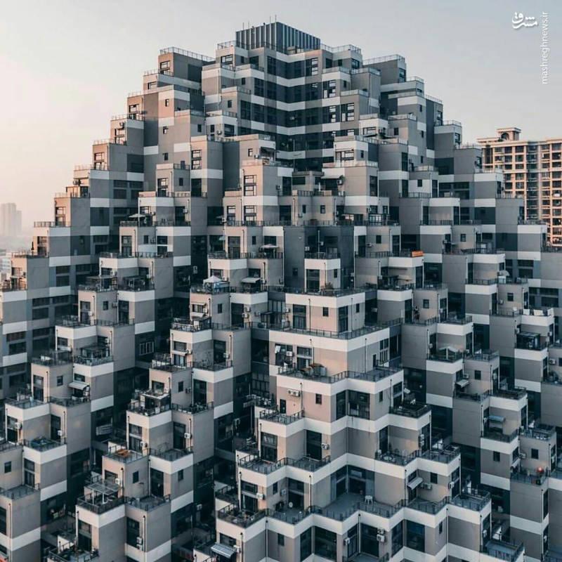آپارتمانی به سبک اهرام مصر + عکس