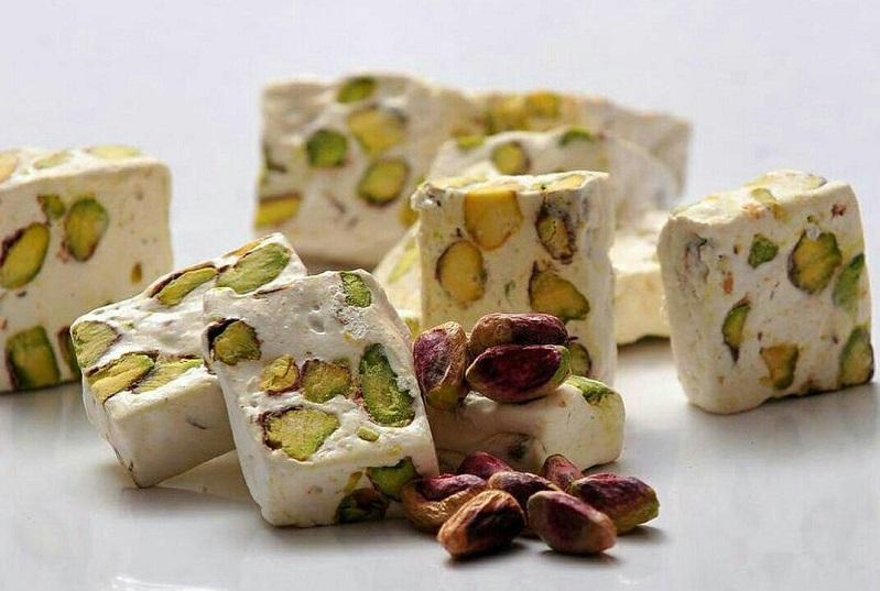 خاصیت فوق العاده این شیرینی محلی در درمان کم خونی و زیبایی پوست
