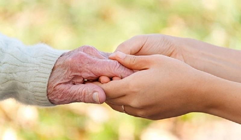 ۴ سوال مهم درباره والدین مسن