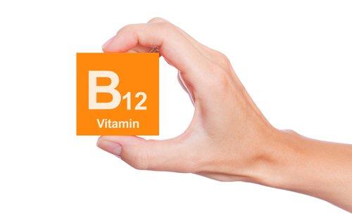 نشانههایی که میگویند کمبود ویتامین B12 دارید