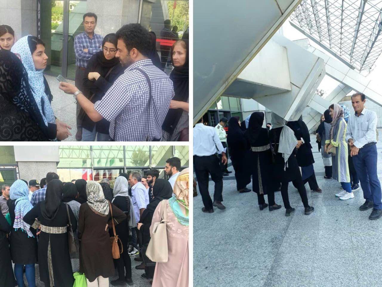 تجمع خانواده دانشجویان مقابل وزارت بهداشت + عکس