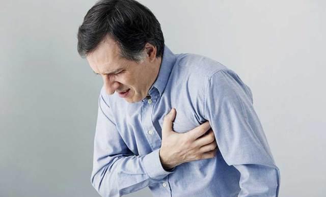 این علائم در مردان، یعنی حمله قلبی نزدیک است
