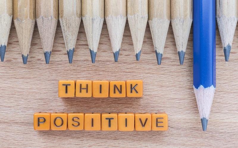 جملات مثبتی که زندگی تان را در این روزها تغییر می دهد