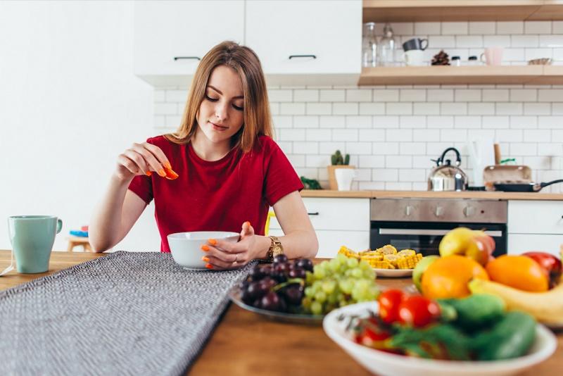 سه غذای شگفت انگیز برای سلامت و زیبایی خانم ها
