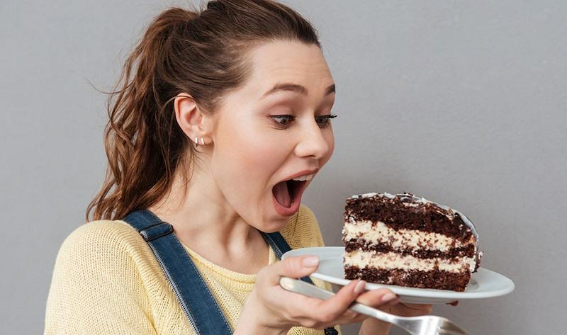 غذاهایی که بوی عرق بدن را دوچندان می کنند