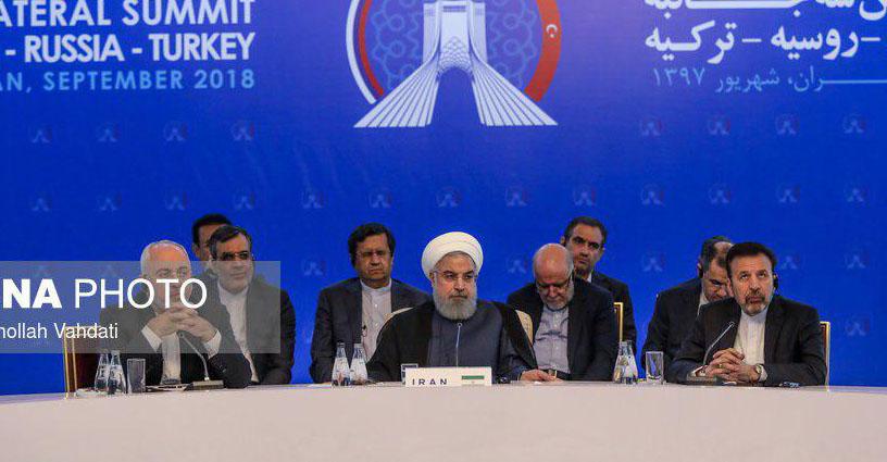 تصویر وزیر نفت در حال چرت زدن در اجلاس دیروز  تهران