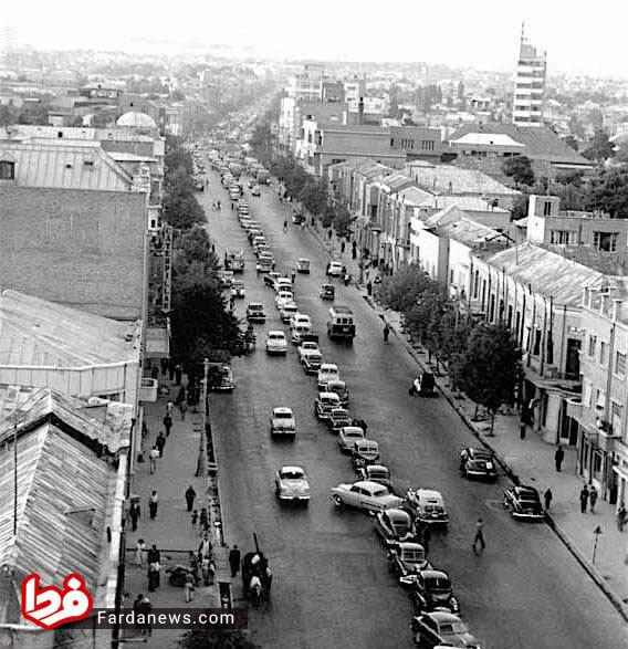 رسم نامتعارف پارک کردن خودرو در تهران قدیم! + عکس