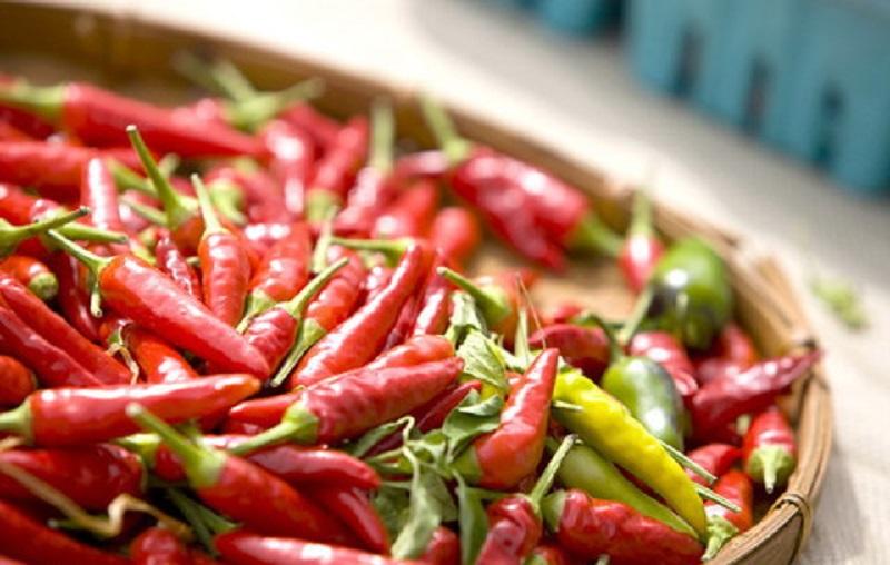 چهار دلیل مهم برای مصرف غذاهای تند