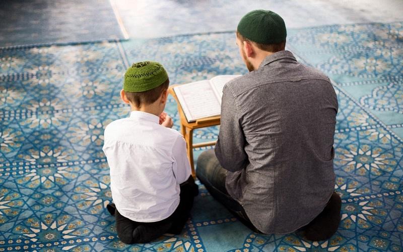نکاتی درباره چگونگی جواب دادن به سوالات مذهبی کودکان