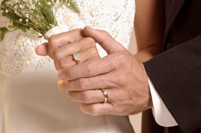 چرا خطرات ازدواج های دیرهنگام بیشتر است؟