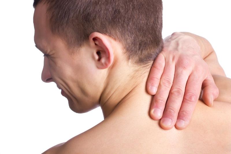 چطوردیسک گردن  را از آرتروز گردن تشخیص دهیم؟+ دلایل بیماری