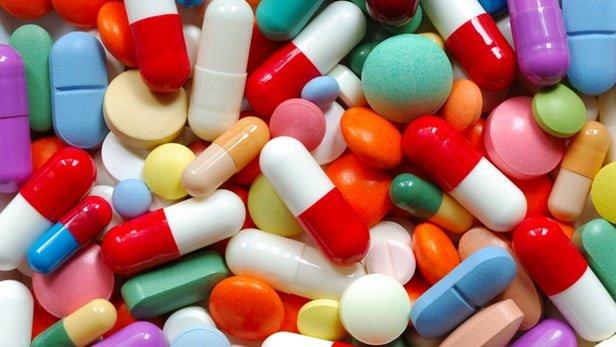 تبانی پزشکها و داروخانهها چقدر واقعی است؟