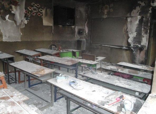 تکرار حادثه مدرسه شین آباد در لرستان +عکس