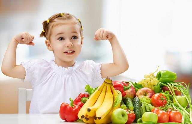 چگونه کودکمان را میوه خور کنیم؟