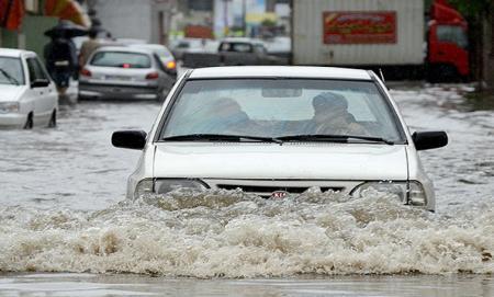 آبگرفتگیهای تهران را به ۱۳۷ خبر دهید/ شهرداری برای برفروبی آماده است