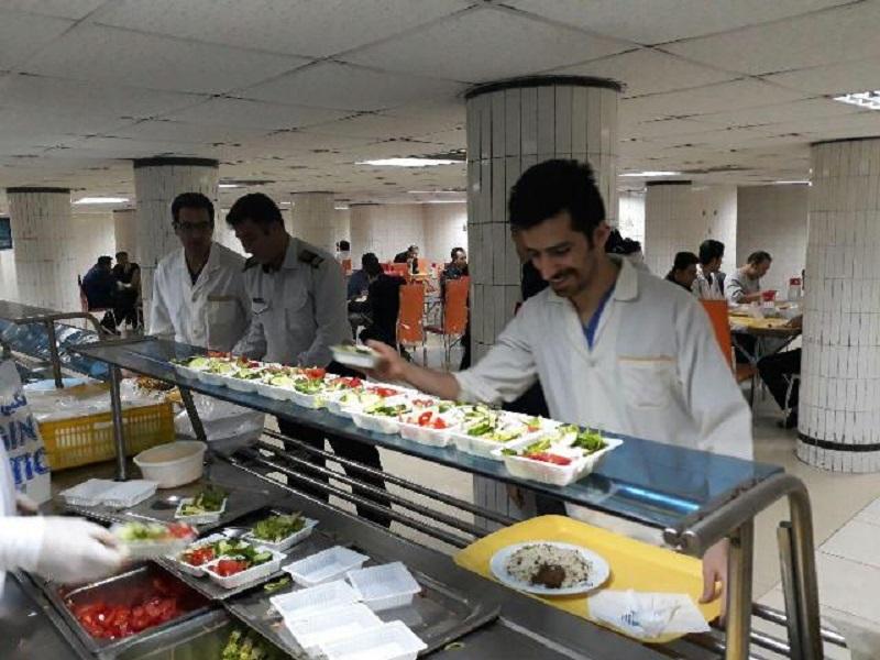 غذای پزشکان یک بیمارستان دولتی در تهران +عکس