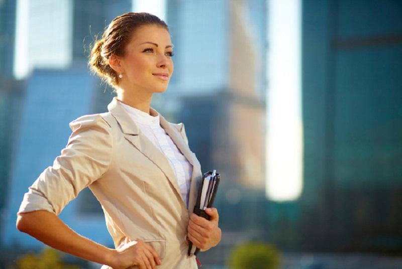 چگونه یک زن شاغل موفق باشیم؟