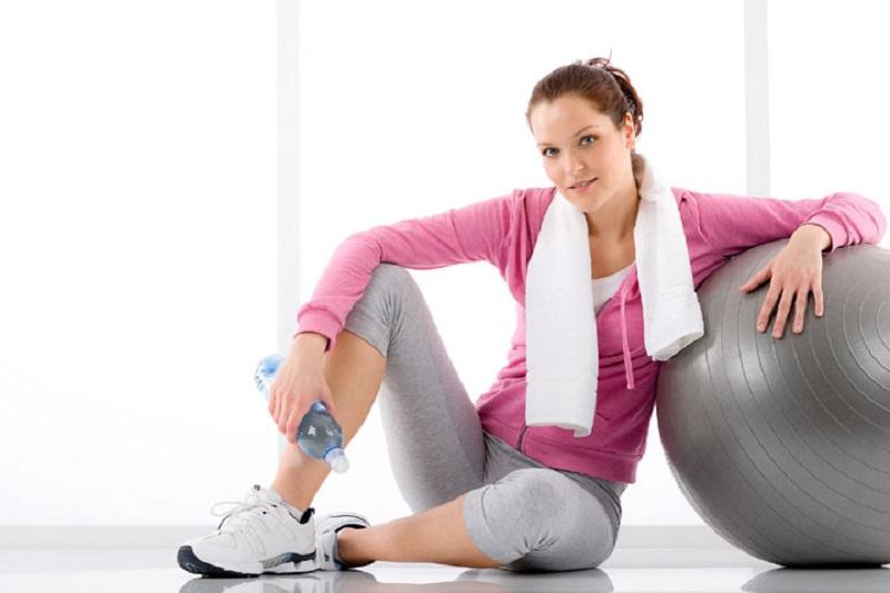 ورزشهای مناسب برای آب کردن چربی اطراف بازو + تصاویر