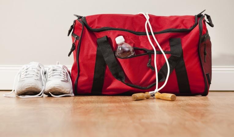 ضروریترین وسایلی که باید در ساک ورزشی خود داشته باشید