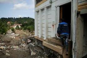 ردپای مجوزهای دولتی در 90 درصد بناهای حریم رودها
