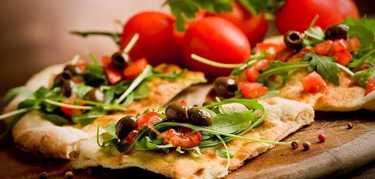 طرز تهیه «پیتزا» به روش طب سنتی