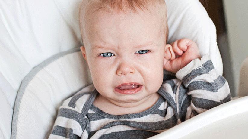 چه زمانی برای سوراخ کردن گوش نوزاد مناسب است؟
