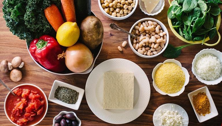کدام مواد غذایی بیشترین میزان فیبر را دارند؟
