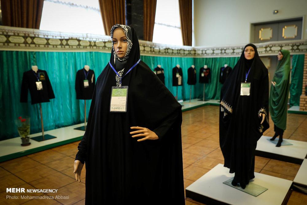 مانکن های زن با لباس عاشورایی + عکس