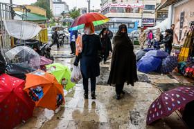 تداوم بارش باران در کشور؛ افزایش دما و وزش باد شدید درسواحل دریای خزر