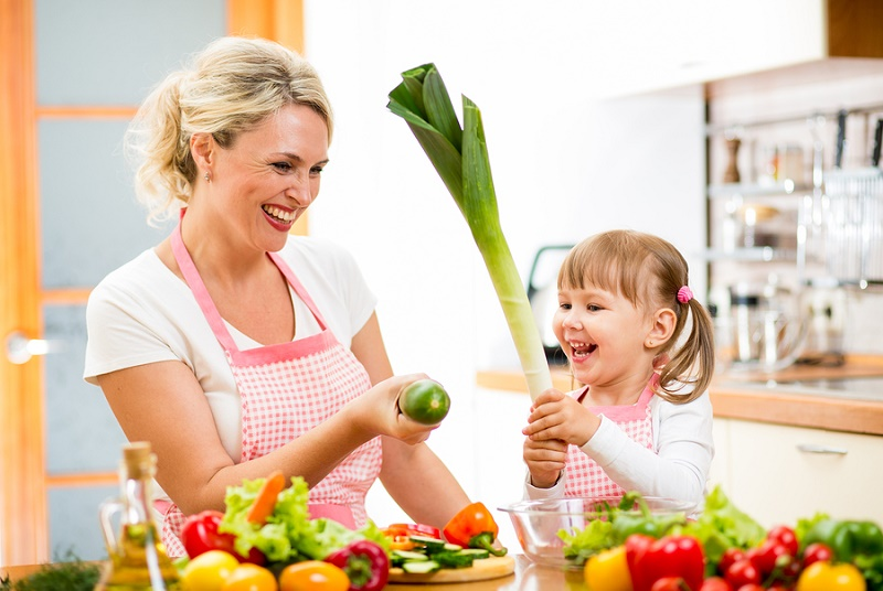 موثرترین عامل در سلامت مادران و زنان