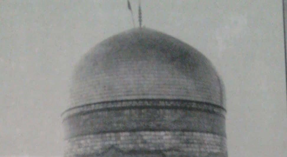 گنبد بارگاه امام رضا (ع) در اوایل سال ۱۳۱۰ + عکس