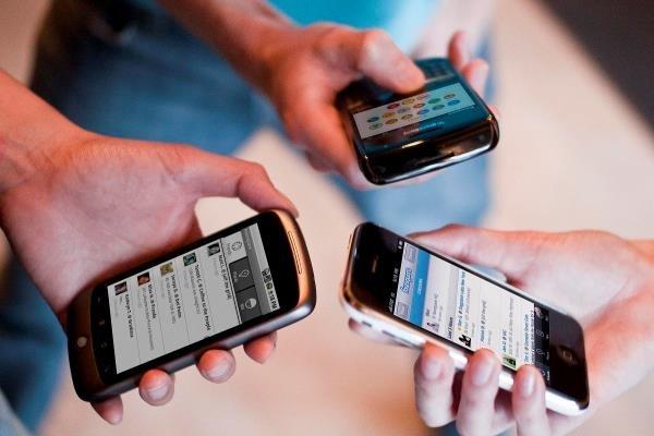 حداقل ضرر موبایل برای جوانان